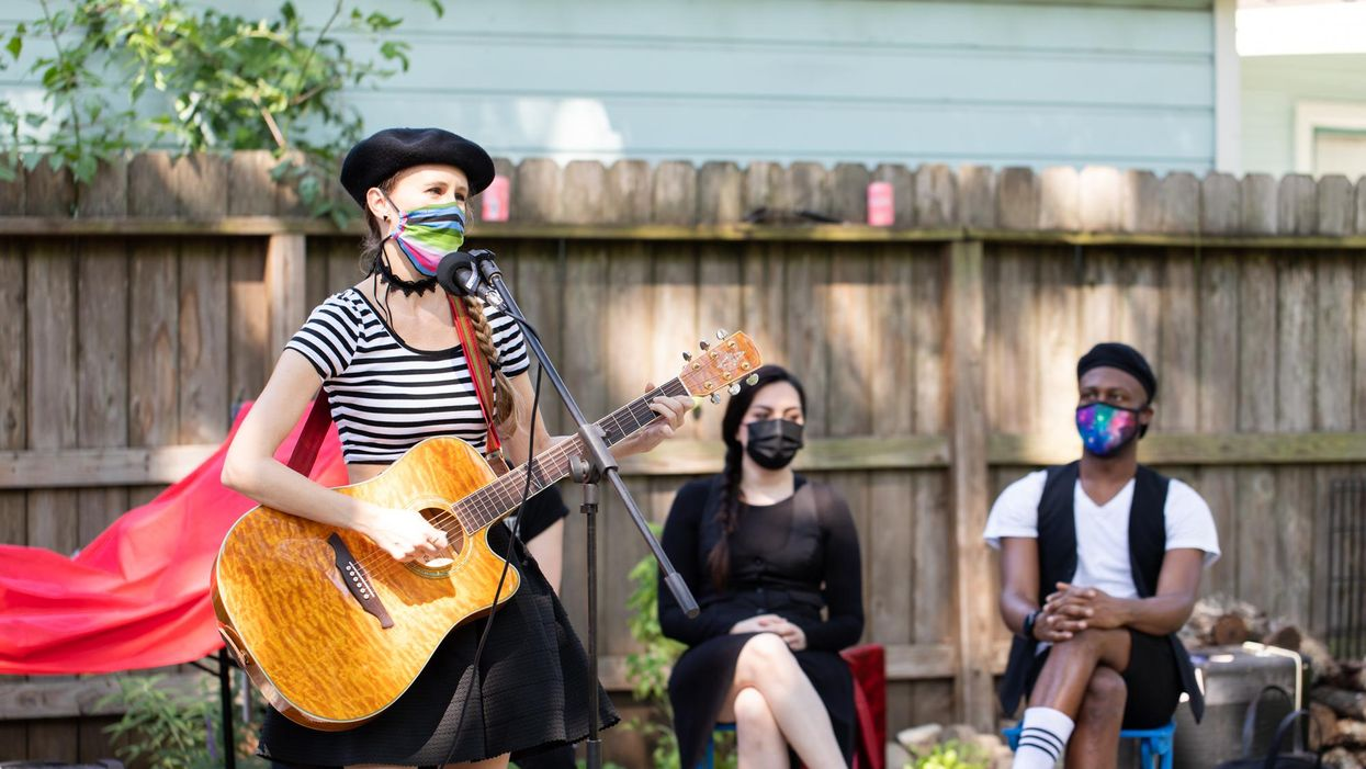 Live Theater Returns — to Your Front Lawn