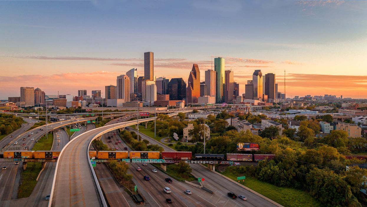 Advertising Available for Houston's Official Relocation Guide!