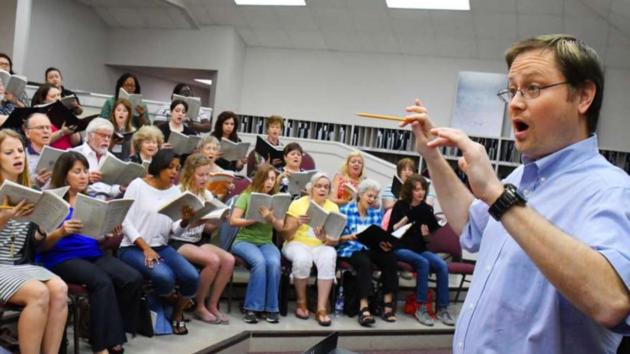 Considered Extra-Dangerous During Covid, Houston Choral Society Is Finally Back on the Risers