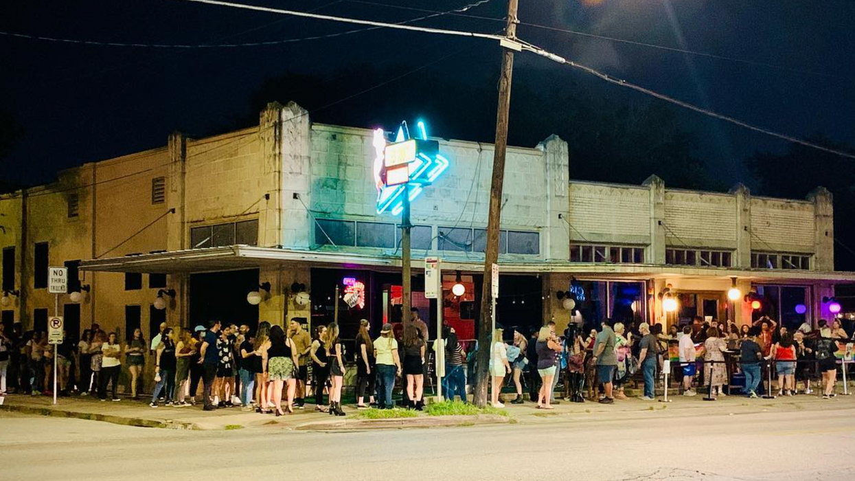 As Lesbian Bars Shutter Nationwide, Houston's Pearl Bar Gets Life-Sustaining Grant from Dating App